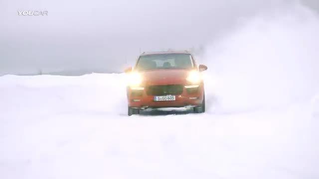 پورشه Cayenne GTS با تمام قدرت در یخ