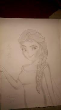 نقاشی من از السا (سیاه قلم)
