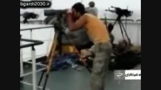 لحظه درگیری تکاوران نیروی دریایی ایران با دزدان