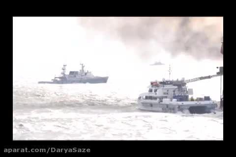 صحنه هایی از آتش سوزی بر روی سکوی نفتی در دریای خزر
