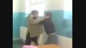 دعوای دانش آموز با معلم سر کلاس درس