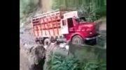 سقوط کامیون به ته دره