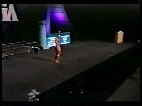 Kevin Levrone legendary posedown at Mr. Olympia 2002