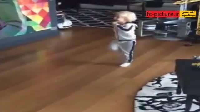 توپ بازی نیمار با پسرش