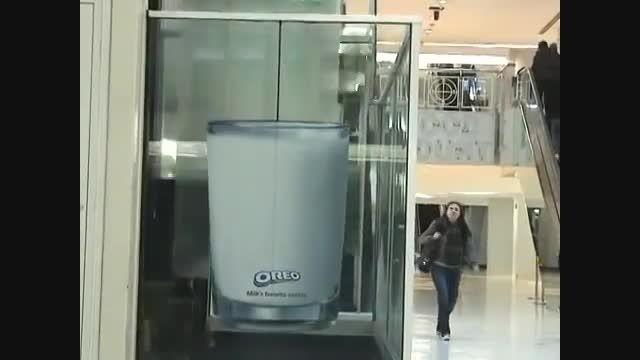 ایده ای جالب برای بازاریابی و تبلیغات چریکی با آسانسور