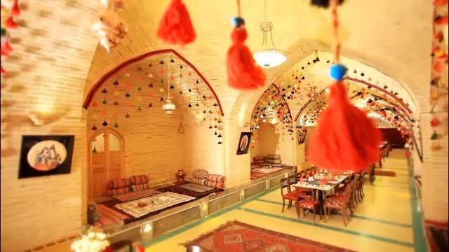 رستوران وتالارسنتی کاروان،کاروانسرای عباسی مادرشاه