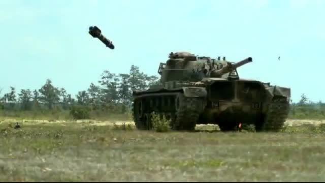 صحنه آهسته شلیک و انفجار موشک!