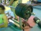 140 کیلو  پرس سینه 4 بار