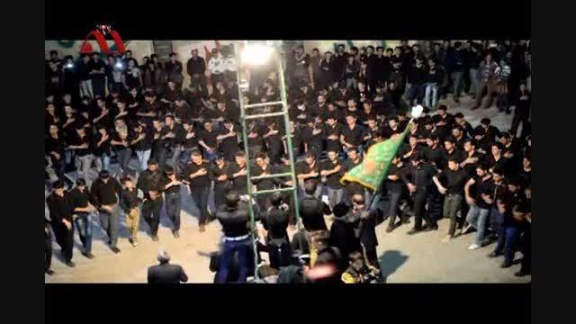 فیلم زیبا از آیین سنتی جوش زنی در حسینیه ی محله پایین