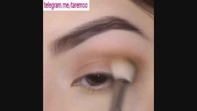 میکاپ چشم با خط چشم و سایه دخترانه در تارمو