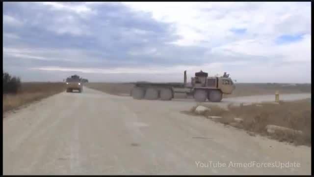 کاروان کامیون های نظامی بدون سرنشین آمریکا