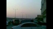 کشیدن ترمز دستی و چپ شدن ماشین (عرب لیبی)