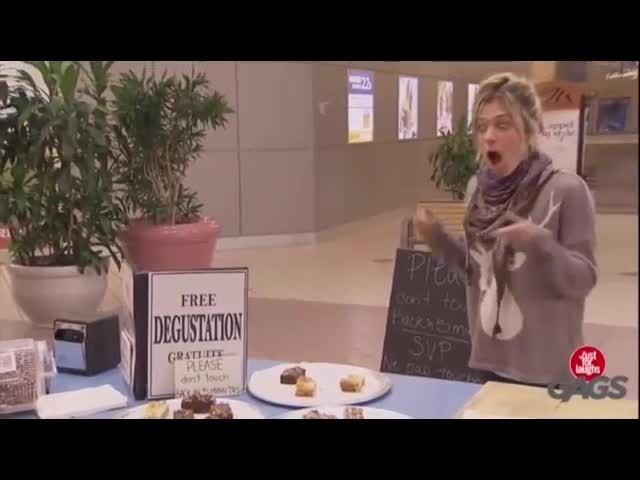 دوربین مخفی خنده دار دست نامرئی - Motefavetha.com