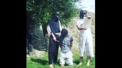 سربریدن مردم بیگناه توسط داعش