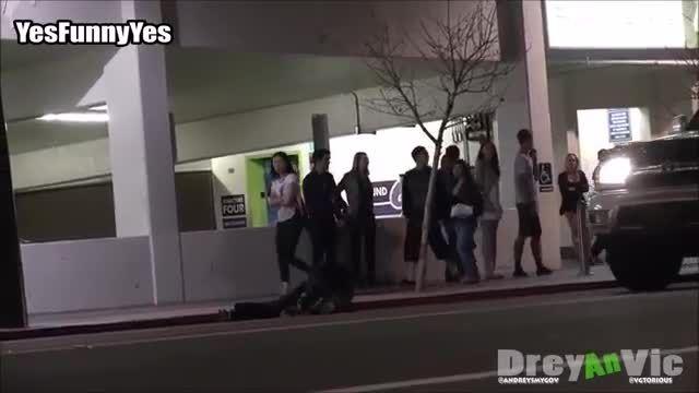 دوربین مخفی - Prank - ترسوندن مردم با آدمک