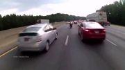 کلیپ دیدنی لایی کشیدن موتور سواری و نهایتا تصادف!