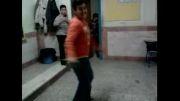 رقص پسر کم عقل درر کلاس درس....