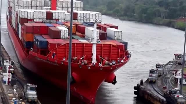 کانال پاناما و برخورد کشتی