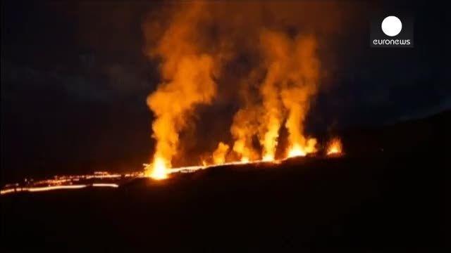 فوران آتشفشان در جزیره رئونیون