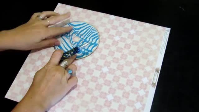 برای هدیه های کوچولوی خودتون جعبه کادویی خوشگل بسازید.