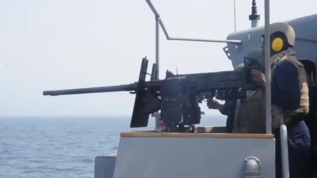 تمرین تیراندازی ملوانان نیروی دریایی آمریکا