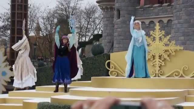 السا و آنا واقعی در دیزنی لند