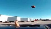 پرتاب توپ در ماشین