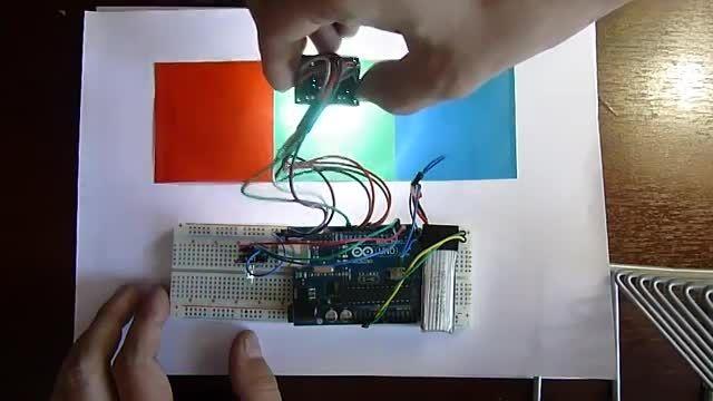 تشخیص رنگ به کمک سنسورTCS3200