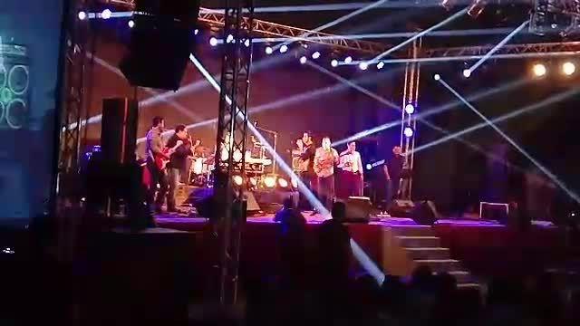 اجرای دنبالش میرم محسن یگانه در دبی