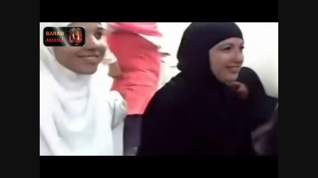 اسلام آوردن و موج اسلام گرایی میان زنان غربی