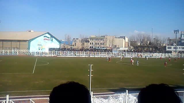 یاشاسین آزربایجان در بازی شهرداری اردبیل