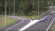 تصادف با پلیس حین انجام کار