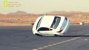 تعویض لاستیک در حین حرکت اتومبیل