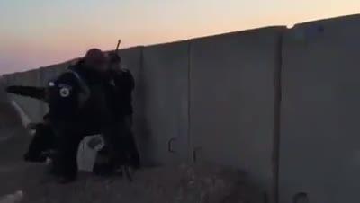 شکار داعشی توسط ابو عزراییل +18