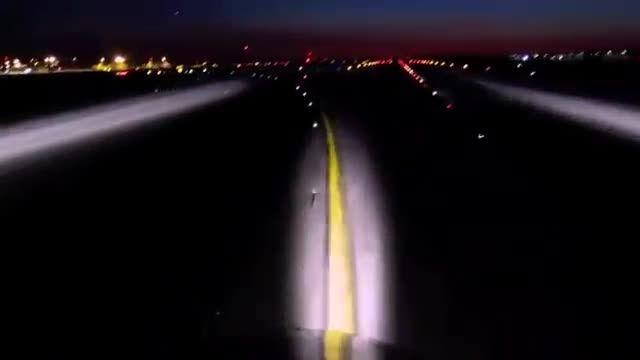تصاویری رویایی از فرود در شب لس آنجلس