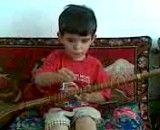 نوازنده سه ساله