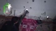 شلیک تک تیر انداز شورشی به سمت تیربارچی شبیحه