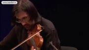 ویولن از لئونیداس , پیانو از یوجا وانگ , ویولن سل از كاپوكن