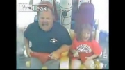 كلیپ خنده دار ترس پدر و خنده ی دختر در شهربازی