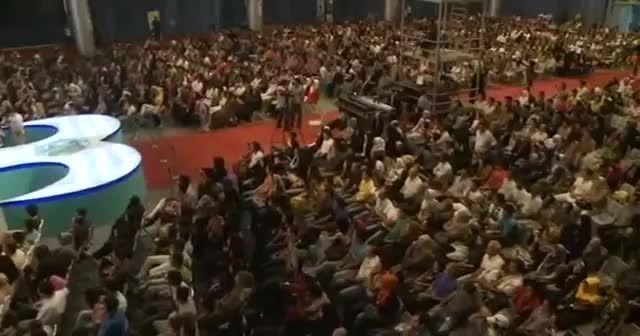 اجرای کامل و فوق العاده دیدنی حسن ریوندی در کیش