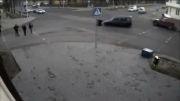 تصادف در چهارراه یکی از شهرهای روسیه