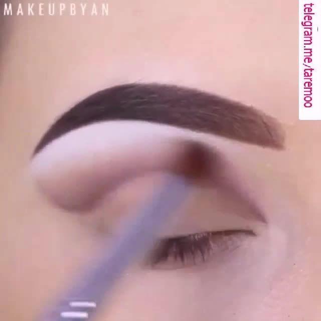 آرایش چشم با سایه سفید و خط چشم زیبا در تارمو