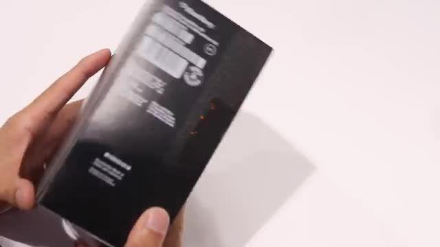 جعبه گشایی: گوشی اندرویدی و جدید BlackBerry Priv