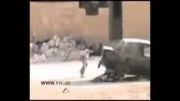 لحظات نفس گیر نجات یک دختربچه سوری از تیررس تروریست تک