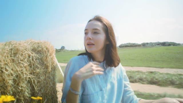 ویدیو تبلیغاتی Huawei P8 lite