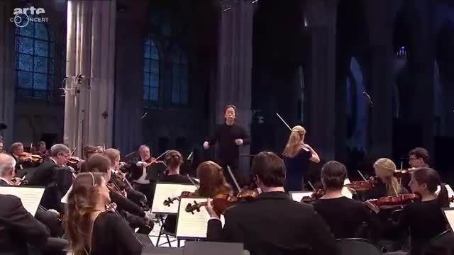 Julia Fischer performs Mendelssohn