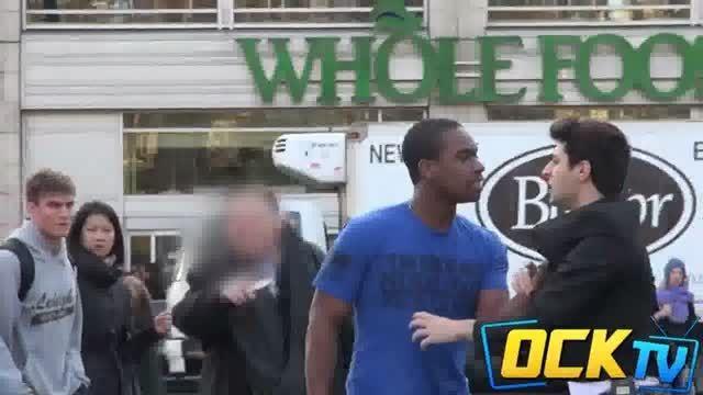 دوربین مخفی کتک زدن فرزند در خیابان و عکس العمل مردم