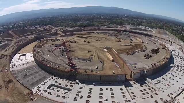 ساختمان جدید اپل