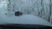 جاده برفی بسیار زیبا