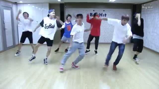 Dance performance practice